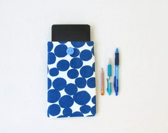 Spotty Kindle case, 7 inch tablet cover, blue spotty fabric, nexus 7 case, kindle fire cover, fabric tablet sleeve, handmade in the UK