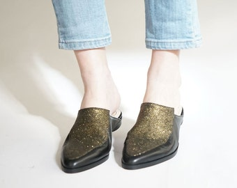 Flat mules, Flat clogs, Pointy mules shoes, Womens Flats ,Leather shoes, Women shoes, Gold mules, Designer shoes, Flat loafers, Pointy Flats