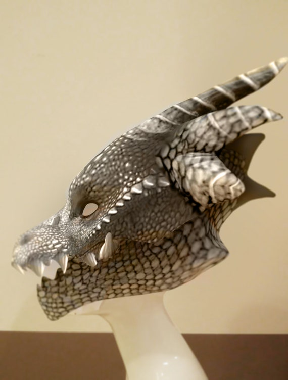 how to make a dragon mask out of paper