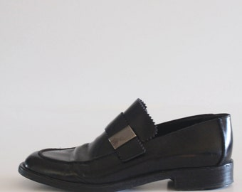 90's Vintage Gucci Black Leather Square Toe Penny Loafers
