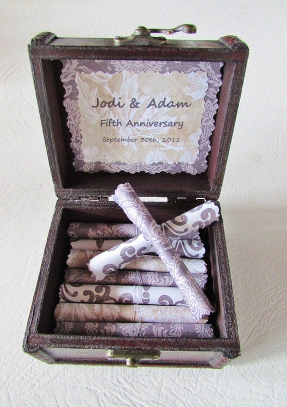 Christmas Gift Idea, Love Scroll Box, Anniversary Gift Idea, 5th Anniversary Gift Idea, Wood Anniversary Gift Idea, Wife Anniversary Gift