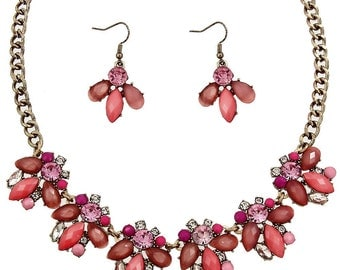 Charlotte Necklace in Fuschia