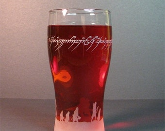 Lord of the rings characters and one ring inscriptions,16oz Pub glass,Drink glass