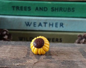 By the Shed - Sunflower Pin Badge - Flowers - Garden - Gardening - Gift - Summer Allotment Harvest - Jewellery - Yellow - Brooch, Tie Pin