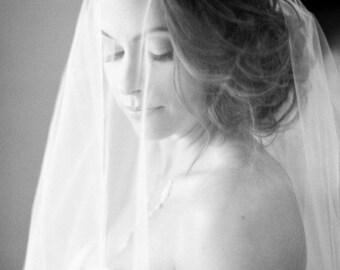 Double 2 tier Fingertip length Wedding Bridal Veil white, ivory, Wedding veil bridal Veil Double 2 Layer Fingertip length veil bridal