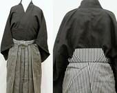 Vintage Men's Kimono / Japanese Vintage Kimono & Hakama pants / SAMURAI Set / 121408