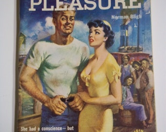 Strictly For Pleasure by Norman Bligh Original Novels #702 1951 Vintage Romance/Sleaze Pulp Digest GGA