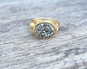 Oval Silver Ring, Druzy Ring, Sparkle Ring, Silver Druzy Wire Wrapped Ring