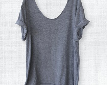 EVERFITTE Off-Shoulder, Triblend, Raw-Edge, Swanky Tee