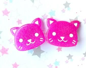 Cute Cat brooch Pin, Kawaii Neko, Sweet lolita, Purple Kitten Pin Back, Cute Fashion, Resin Brooch, Kawaii Accessory, Cute Animal Brooch