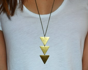 3 Triangles necklace // Triangle long necklace // Minimal necklace // Boho necklace // geometrical necklace