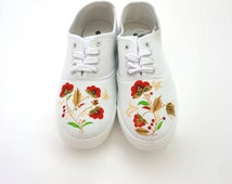 Russian style canvas hand painted shoes Red and gold flowers