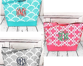 Monogrammed LARGE Tote/ Handbag / Bridesmaids Gift Idea!  ONLY 3 LEFT!