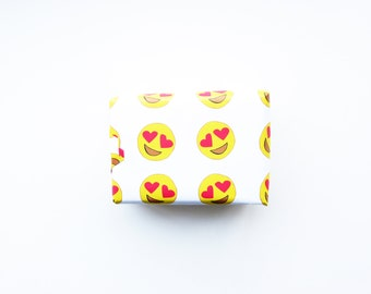 Funny Heart Eye Wrapping Paper...Holiday Gift Wrap...Emoji Gift Wrap...Funny Gift Wrap...Christmas Wrapping Paper...Holiday Wrapping Paper