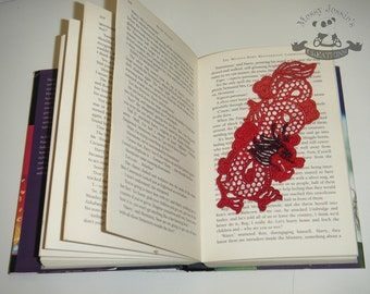 Dragon lace bookmark