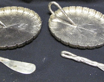 Set of Two RARE Godinger Silver Lily Pad Design Desert Plates and Knives