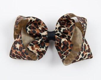 Leopard Print Hair Bow, Animal Hair Bow, Leopard Hair Bow, Animal Print Bow, Leopard Print Boutique Bow (Item #10392)