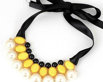 Pearls and Yellow Stones Lace Necklace