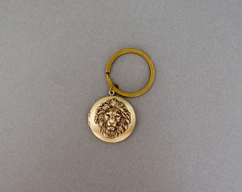 Lion  Keychain Locket Men's Locket Keychain Personalize Keychain Leo Gifts Jewelry Groomsmen Anniversary Weddings Gifts for Him Men's Gifts