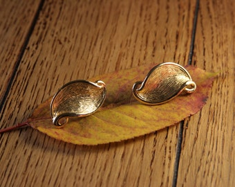 Autumn Leaves Earrings14 KT Gold Plate Leaf Earrings New Old Stock New Vintage Jewelry
