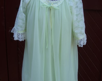 Vintage 1960's Citron Yellow-Green Sheer 2 Piece Babydoll Set / Negligee / Night Gown