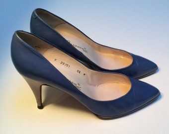 Caressa Cobalt Blue Shoes, Vintage 80's Shoes, Leather Shoes, Made in Spain, Women's Size 8.5 US.