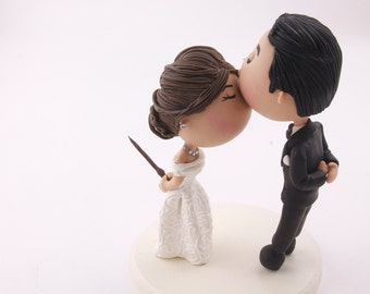 Cute couple kiss. Witch Bride. Hary Potter Theme. Wedding cake topper. Wedding figurine. Handmade. Fully customizable. Unique keepsake