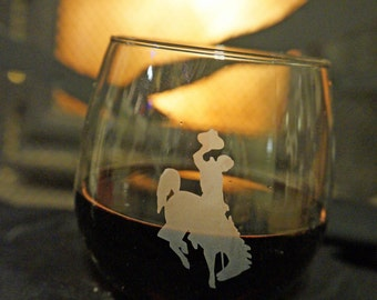 Wyoming Cowboys Stemless Wine Glass - Wyoming Cowboys - Stemless Wine Glass - Wine Glasses - Wyoming Wine Glass - University of Wyoming