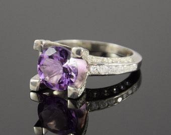 Amethyst ring, Silver ring woman, Gemstone ring, Birthstone ring, Engagement ring, Promise ring, Silver promise ring, Purple stone ring