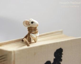 Gold bookmark christmas gift for reader great gift for girlfriend custom cute bookmark mouse gift for women books book mark