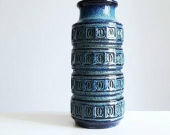 "Scheurich West German pottery ""Alaska"" vase 268-23"