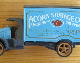 Matchbox Acorn Storage Co. 1920 Mack Truck, Made in England, Copyright 1984, Vintage