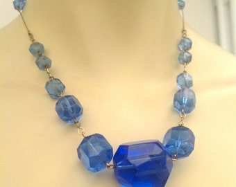 Superb 1930s glass necklace with chunky beads vintage Art Deco flapper antique