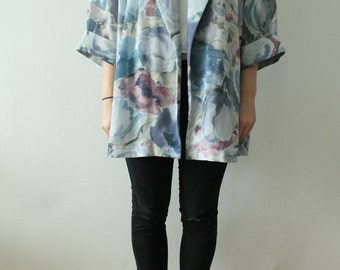80s Vintage Fine Decorated Saturated Blue Purple Floral Patterned Blouse Cardigan for Women