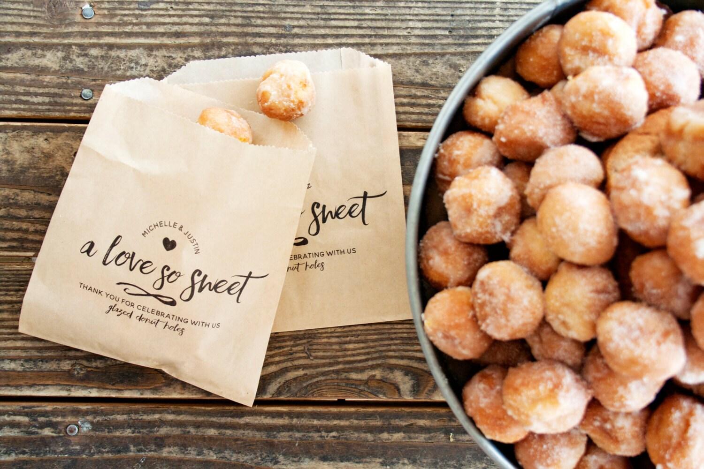 Wedding Favor Bags Love Sweet Donut Bag 25 Kraft by mavora