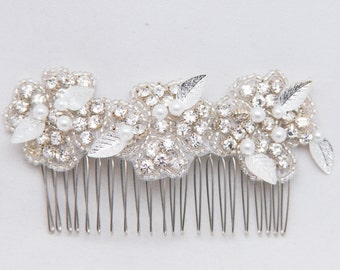 Rhinestone Flower Wedding Comb with Silver Metal Leaves, Prom Hair Comb, Bridal Headpiece, Beaded Wedding Decorative Comb Rhinestone Comb