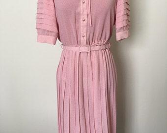 Ladies Pleated Pastel Pink Dress sz M-L