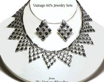 60s Silver Mesh Metal Bib Necklace & Drop Earring Demi Parure in Dripping Diamonds Design - Vintage 60's Costume Jewelry Sets