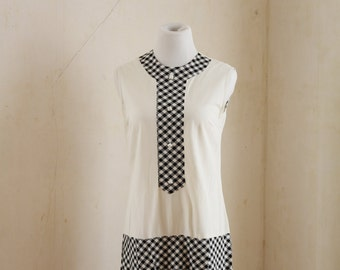 1960s Vintage Gingham Scooter Dress - Size Small