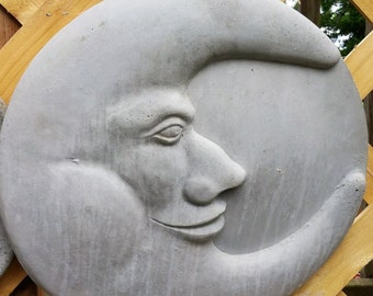 Concrete SMILING HALF-MOON Plaque