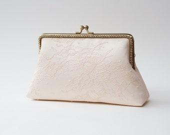 Soft Blush Bridal Clutch / Bridesmaid Clutch Purse / Personalized Clutch / Wedding Lace Clutch