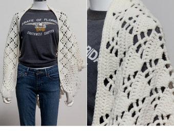 Vintage 70's Bohemian Crochet Cape • White Crochet Cape • Boho Hippie Poncho