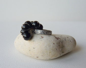 Sterling Silver Black Onyx Ring, Cluster Onyx Oxidizedjewelry,Hand Crafted Antiqued Ring,Size 5 Ring,Dangle Black Onyx,Retr Ring 925 Jewelry