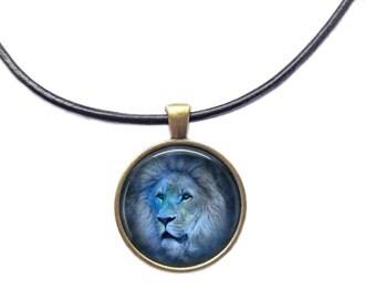 Wildlife jewelry Lion necklace Animal pendant