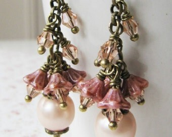 Peach earrings, pearl cluster earrings, bronze vintage style jewelry, gift for her, romantic jewelry, rustic