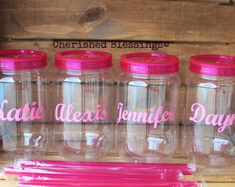 Personalized Plastic Mason Jars, 1 25oz Plastic Mason Jar, Reusable Straw, Wedding, Baby Shower, Pool Party, BabyQ, Personalized Favors,