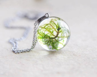 Moss necklace - resin terrarium pendant - handmade resin casting jewelry - moss ball necklace - forest moss jewelry - moss handmade necklace