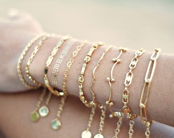 Tiny chain bracelet - scallop