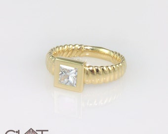 Gold engagement ring, Square diamond ring, Engagement ring, Gold Diamond Ring, Diamond engagement ring, Princess cut ring, Diamond solitaire