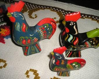 Vintage Trio Scandinavia Swedish Dala Roosters/Hens Wood Carved Traditional Swedish Folk Art Birds Fab.